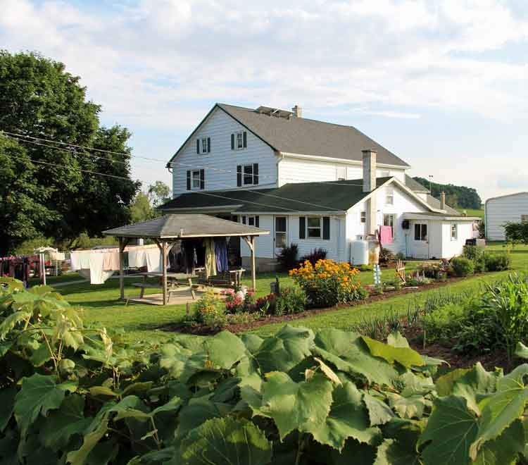 Lancaster PA Amish Bed and Breakfast