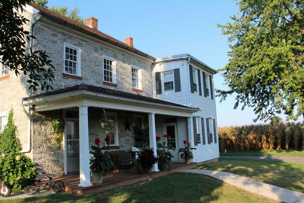 Historic Farm Bed & Breakfast in Lancaster PA