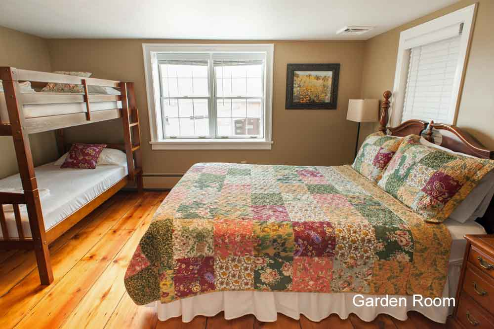 Lancaster PA family farm bed and breakfast