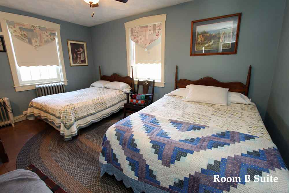 Lancaster County Eby Farm Bed & Breakfast